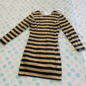 Mango Suit Vestido Black and Gold Strip Dress